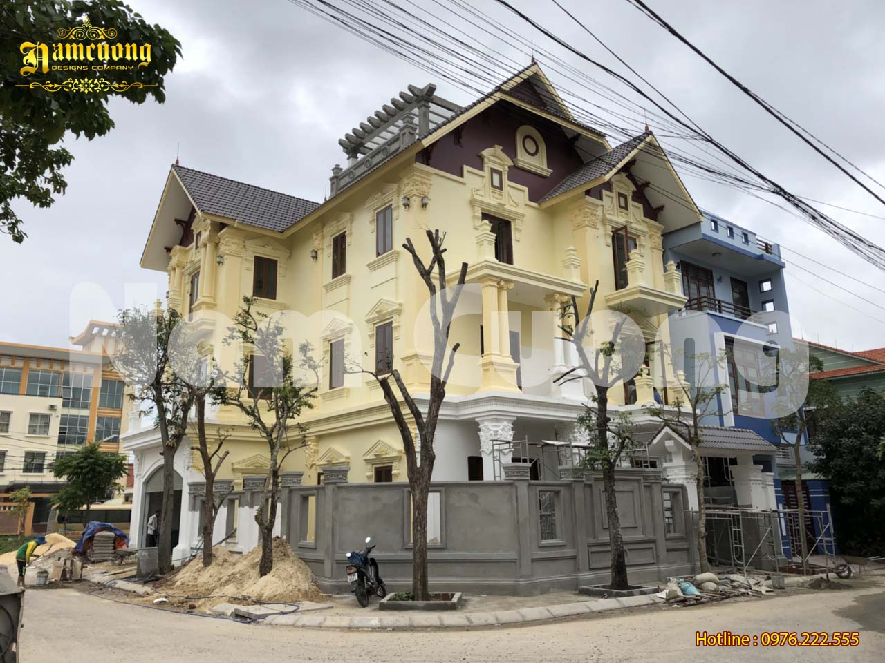 Thi công kiến trúc biệt thự tân cổ điển 3 tầng tại Quảng Bình