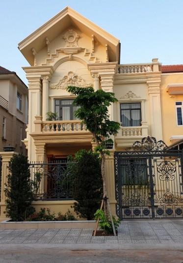Thi công hoàn thiện biệt thự tân cổ điển Pháp 2 tầng tại Sài Gòn